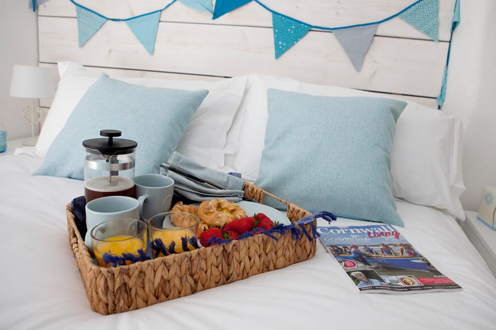 Cornwall Holiday cottage breakfast in bed